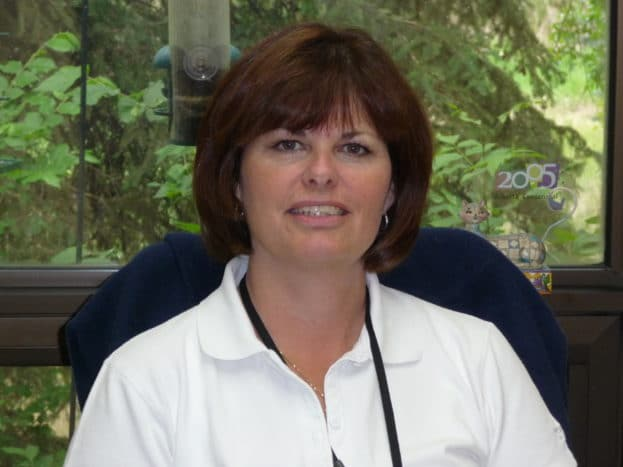 Deb Hart headshot