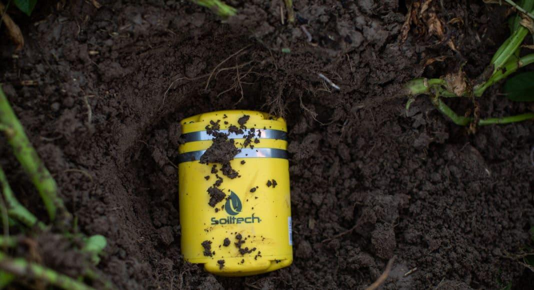 Soiltech Wireless sensor in a field